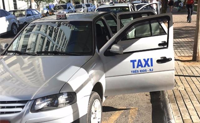 Projeto criado por deputado Celso Jacob isenta taxistas de cobrança de pedágio