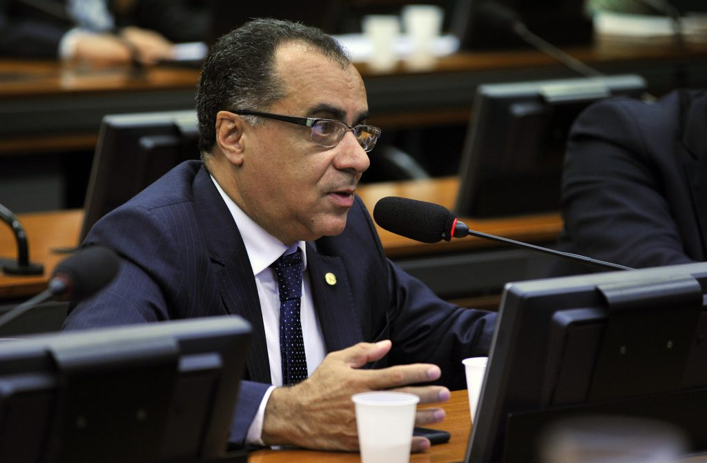 Aprovada emenda do deputado Celso Jacob que muda regras de registro público
