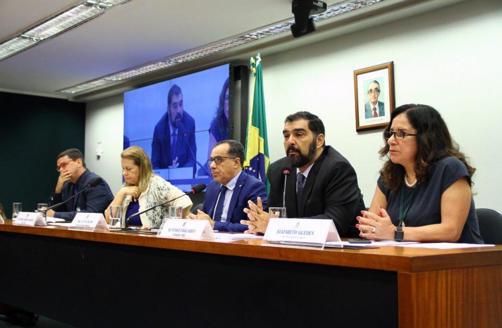 Deputado Celso Jacob preside audiência pública sobre normas de qualidade do ensino superior à distância